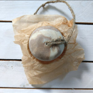 szampon w kostce rhassoul shaushka wegański naturalny z glinką z łagodny łagodnym detergentem