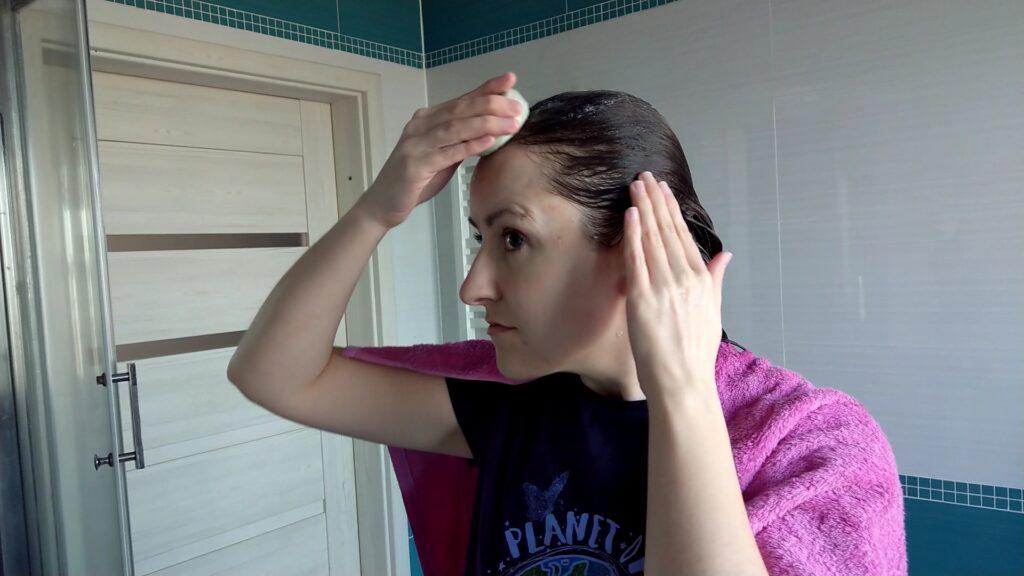 jak myć włosy szamponem w kostce szampon w kostce szampony ajeden cztery szpaki zero waste shaushka